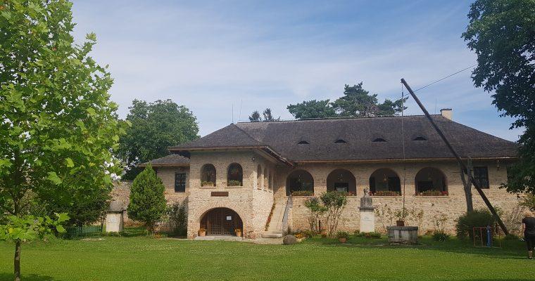 Complexul Arhitectural Medieval din Brebu