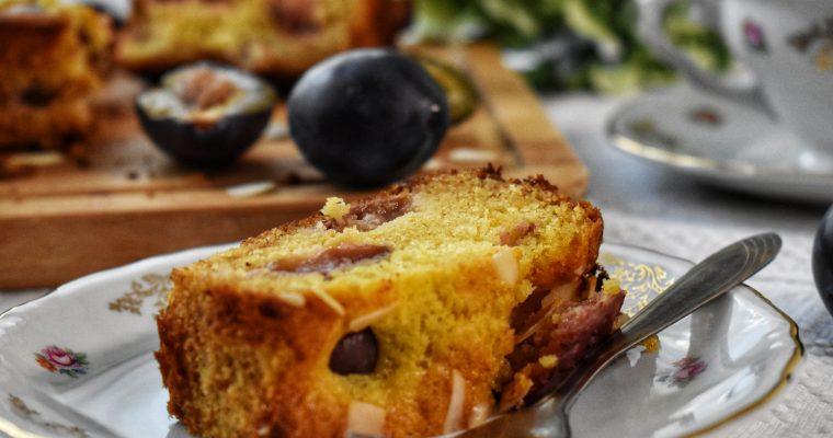 Prajitura cu prune si migdale fara zahar adaugat