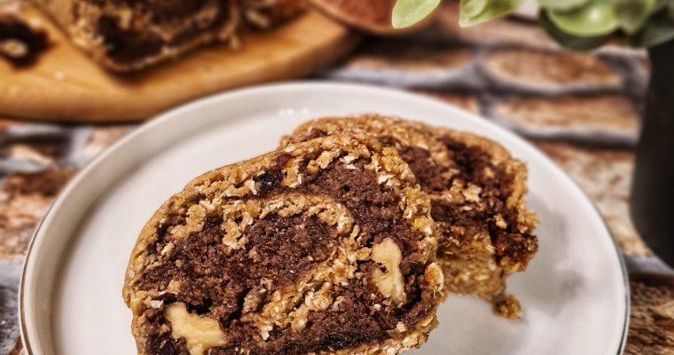 Cozonac raw vegan cu cacao și nucă