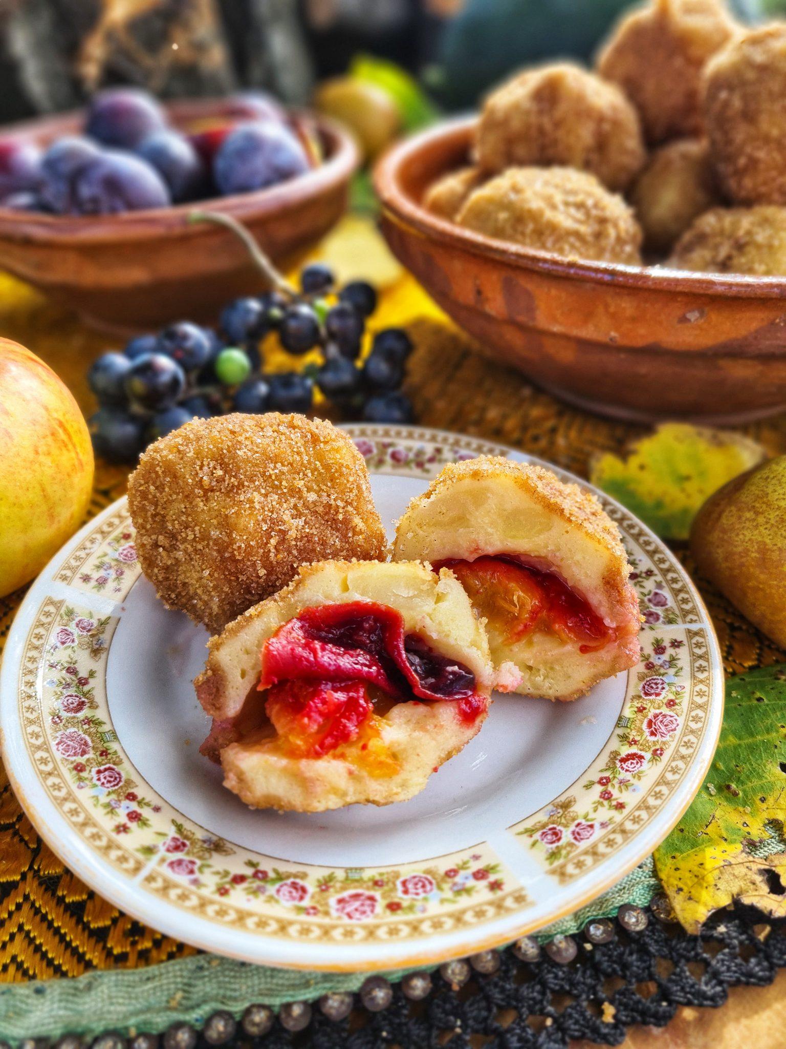 Galuste cu prune sau gomboti